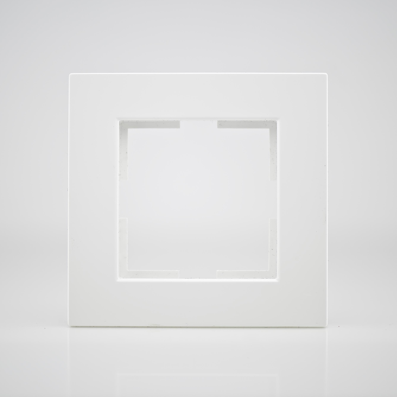 plaque de finition simple plastique blanc top prix. Black Bedroom Furniture Sets. Home Design Ideas