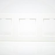 Plaque de finition triple Plastique blanc