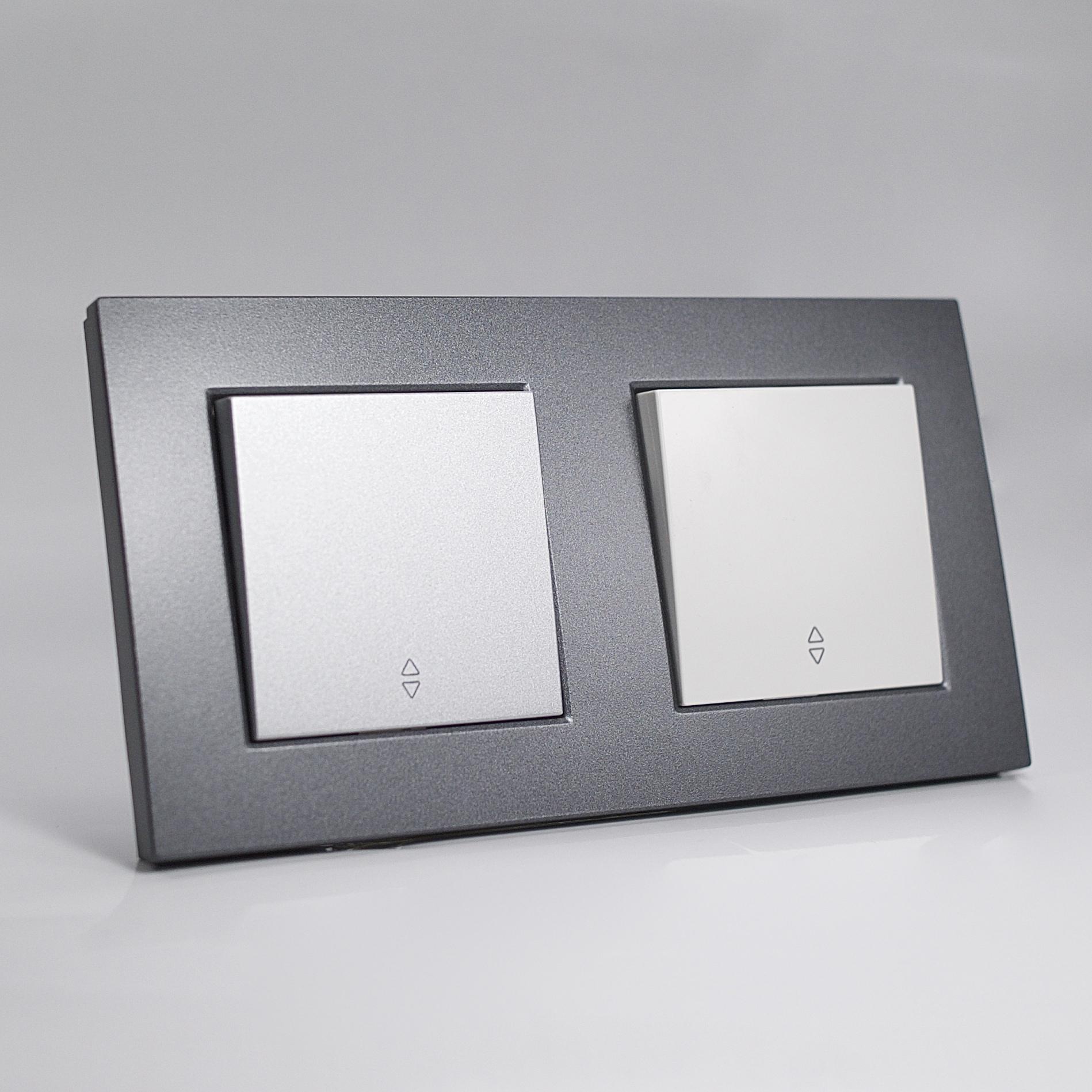 plaque de finition double plastique fum. Black Bedroom Furniture Sets. Home Design Ideas