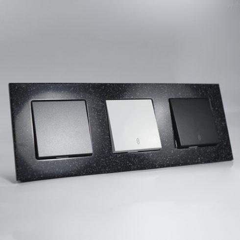 plaque de finition corian quartz 3 postes 84x230x10mm distock mat riel lectrique et. Black Bedroom Furniture Sets. Home Design Ideas